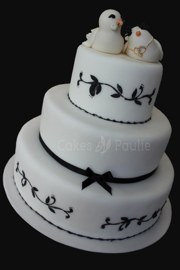 Engagement Cake – Bridget