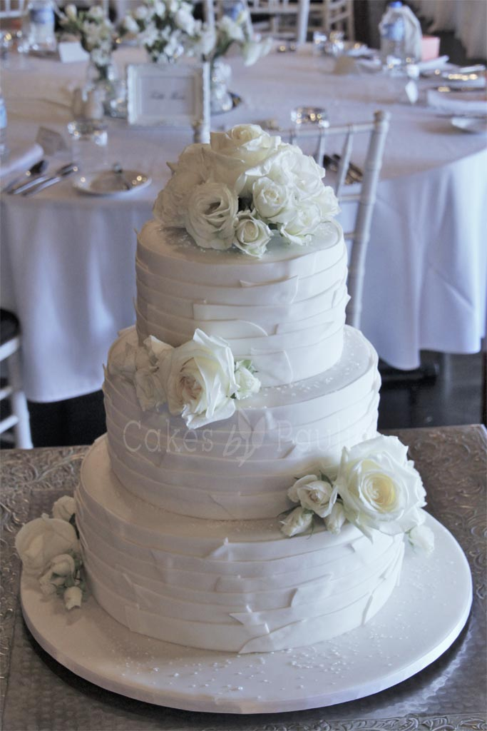 Wedding Cake – Lina
